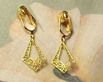 Small Gold Filigree Kite Clip on or Pierced Earrings