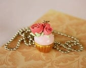Pink Victorian cupcake pendant with roses