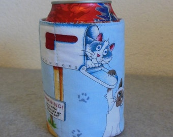 Insulated Can Cooler - Playful Kitties