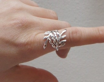 Leaf Ring, Sterling Silver, Size 7, Handmade Ring, Handmade Jewelry, Birthday Gift, Bridesmaids Gift