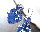 Periwinkle Blue and White Asian Inspired Vintage Tin Earrings 2-Lightweight Earrings