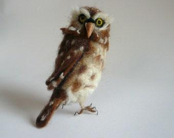 Needlefelted Owl/ Needlefelted brown owl/ Felted bird/ Needlefelted animal/ OOAK / Needlefelted bird