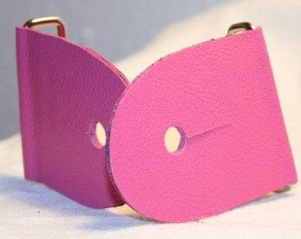 """2"""" Pink Guitar Strap Kit - Leather Ends - Nickel slider"""