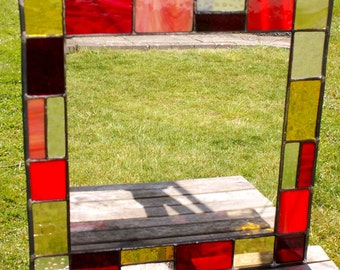 Stained glass mirror with orange, red and yellow glass 40 x 40 cm MTO