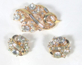 Gorgeous Vintage Crown Trifari Rhinestone Demi Brooch and Earrings, Gold Plated