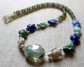 Ceramic Sea Turtle Necklace, Ocean Jewelry, Nature Inspired Jewelry, Turtle Jewelry, Blue And Green Necklace, Ceramic Beaded Necklace, OOAK