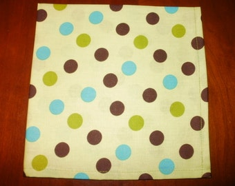 Sale...6 Polka Dot Cotton Napkins...Reusable...Eco Friendly...17 inches...Stitched Hems NOT Serged...FREE SHIPPING