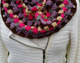 Granny infinity scarf, ready to ship