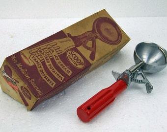 Vintage Retro Ice Cream Scoop Red Handle with Original Box Paper Ephemera Scoop Master