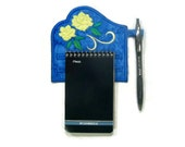Magnetic note holder yellow rose
