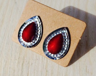 Gorgeous red faux stone and rhinestone earrings