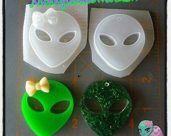 Alien Flexible Plastic Resin Mold