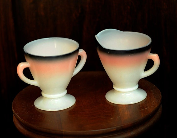 Vintage 1930s-40s Hazel Atlas Depression Milk Glass Ovide Creamer & Sugar.. White, Pink, Black