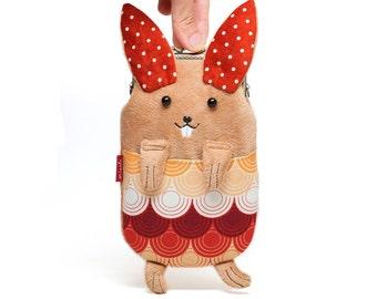 Dancing bunny smartphone kisslock sleeve