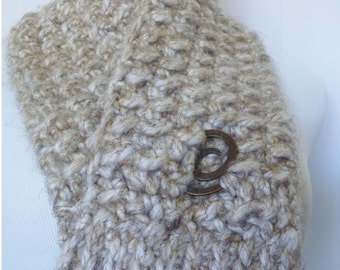 Chunky Neutral Scarflette Neckwarmer with Metal Spiral Closure