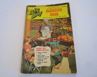 Vintage 1967 Big Boy Barbecue Book. Answers to all your cooking and BBQ questions