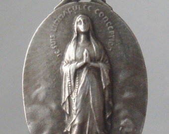 "Vintage Lourdes Religious Medal Pendant I am the IMMACULATE CONCEPTION on 18"" sterling silver rolo chain"