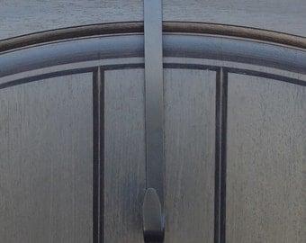 Wreath Door Hanger - Removable - Black - Accent
