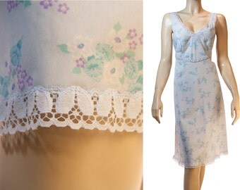 Adorable Italian soft baby blue floral design nylon and delicate inset lace detail 1970's vintage full slip petticoat underskirt - 3186