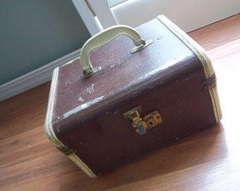 Brown Luggage Makeup Case   Old Makeup Case