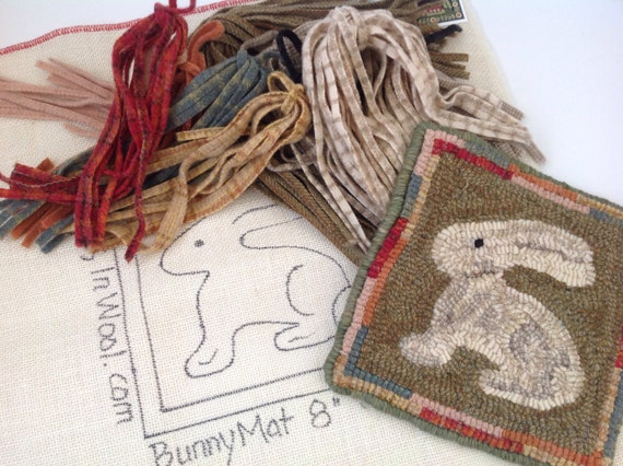 "Rug Hooking KIT, ""Bunny Mat"", 8"" x 8"", J910, DIY Rug Hooking Design, Primitive Wide Cut Rug Hooking"