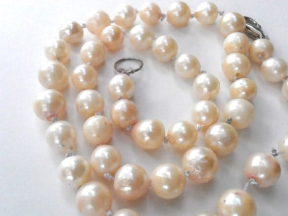 Vintage Cultured Baroque Pearl Necklace Genuine Ivory Cream 8mm Bead Art Deco Single Strand Princess Length Bride Wedding Bridal Bridesmaid