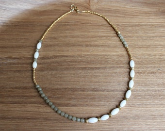 Short beaded necklace - gold, white, brass, dusty green