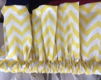 Yellow  and White Chevron Zig Zag Cotton Kitchen Bedroom Nursery Valance  52 Inches wide