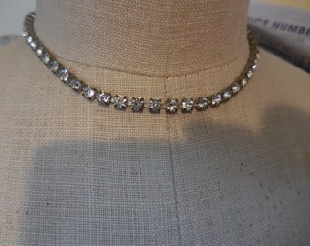 Vintage Silver Tone Rhinestones Choker 1950s to 1960s Short Clear Necklace Pronged