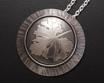 Leaf motif silver Keum Boo round art pendant