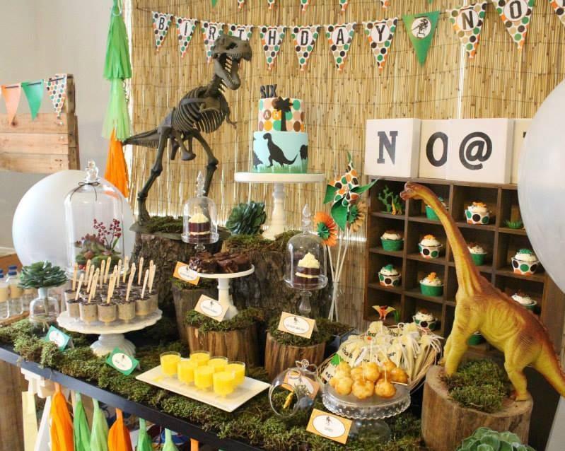 Dinosaur birthday dinosaur birthday decorations dinosaur for Dinosaur decor