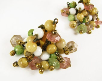 Vintage Cluster Earrings 50s, Pink, Green, White / Vintage Wedding - Boucles d'Oreilles.