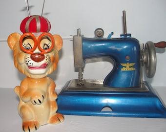 Antique 1940s Casige toy sewing machine