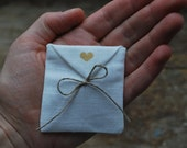 Linen favor / gift  / candy envelope style bags. Wedding favors. Off white linen. Size : 2.5 inch x  2.25  inch Set of 100