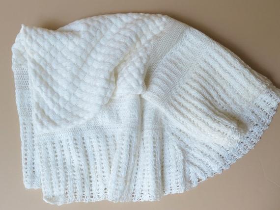 Christening Blanket Knitting Pattern : 1960 Baby Christening Blanket White Acrylic Knit Shell Pattern