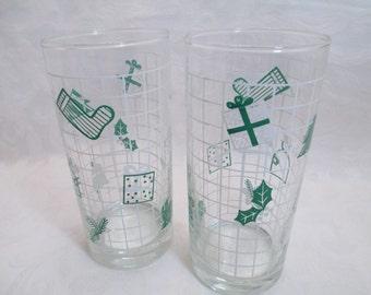 Vintage Christmas Design Drinking Glasses - Set of 2