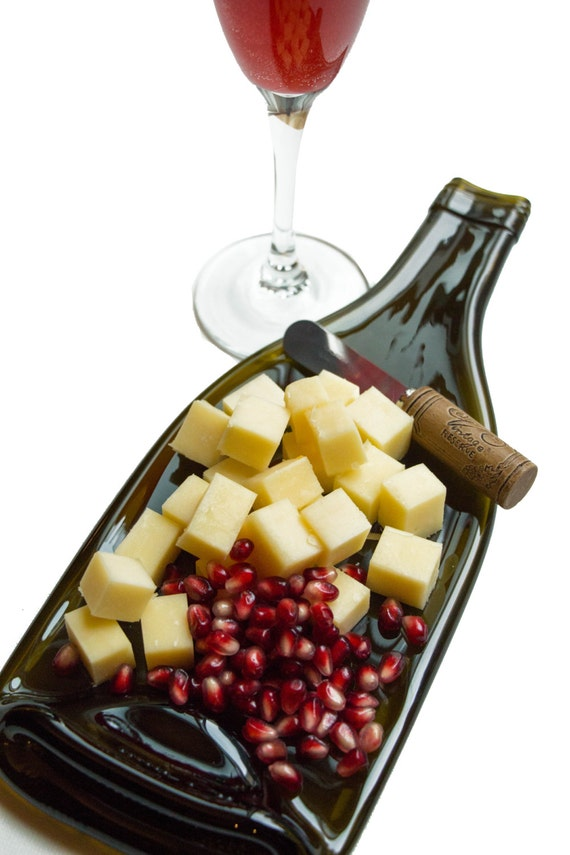 Dessin Creations: WINE Bottle Cheese Tray
