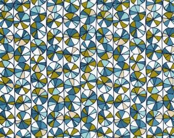 Arcadia Wheely Daisy in Blue, Sarah Watson, 100% GOTS-Certified Organic Cotton, Cloud9 Fabrics, 120902