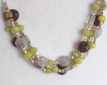 Spring elegance necklace and earring set