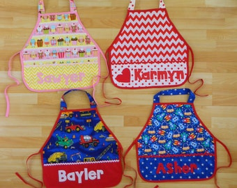 Kid's girl boy pocket personalized name school play apron smock for toys, cooking tools, art supplies - for children 12m to 8