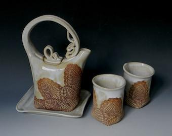 Pinapple Lace-Impressed Ceramic 2-Cup Tea Set
