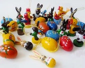 7 Vintage Hand Painted Easter Ornaments Erzgebirge Folk Art Eggs Bunnies Birds German (+ 1 Free Toadstool Ornament)