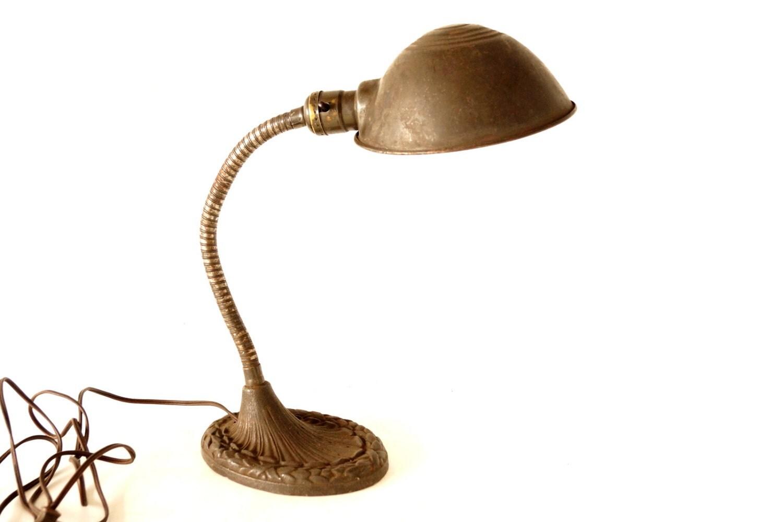 Vintage Cast Iron Gooseneck Desk Lamp with Art Deco Base - Art Deco Cast  Iron Table - Artist Desk Lamp Campernel Designs