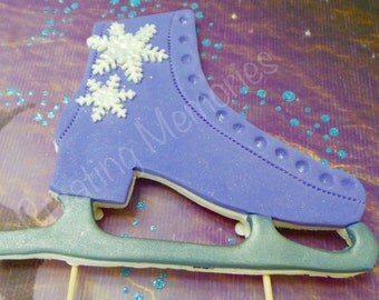 ICE SKATE Cake Topper, Made of Vanilla Fodant the perfect piece for your Ice Skating party. Frozen Cake Topper, Winter fondant ice skate