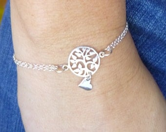 Sterling Silver Love Grows Here Bracelet... Family Tree and Heart... Valentines Day... Weddings