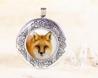 Silver Fox Locket - Fox Animal Jewelry, Silver Animal Locket, Animal Photo Locket, Silver Fox Jewelry Locket, Wildlife Photo, Nature Locket