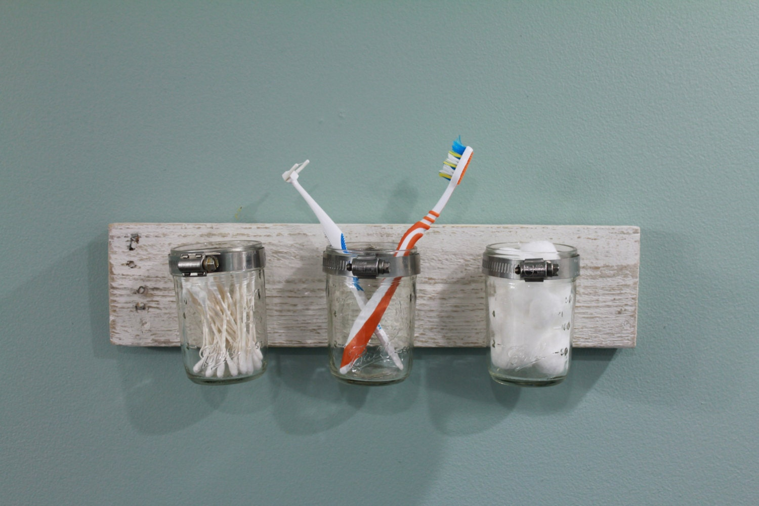 Rustic bathroom accessory toothbrush holder for Bath accessories holder