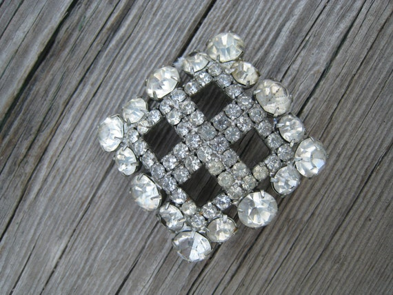 Gorgeous Vintage Square Shaped Brooch Filled with Clear Rhinestones