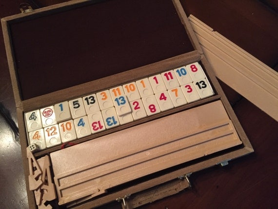 how to play rummy o