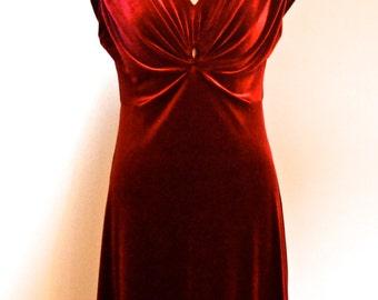 Velvet Violet dress (Crimson)